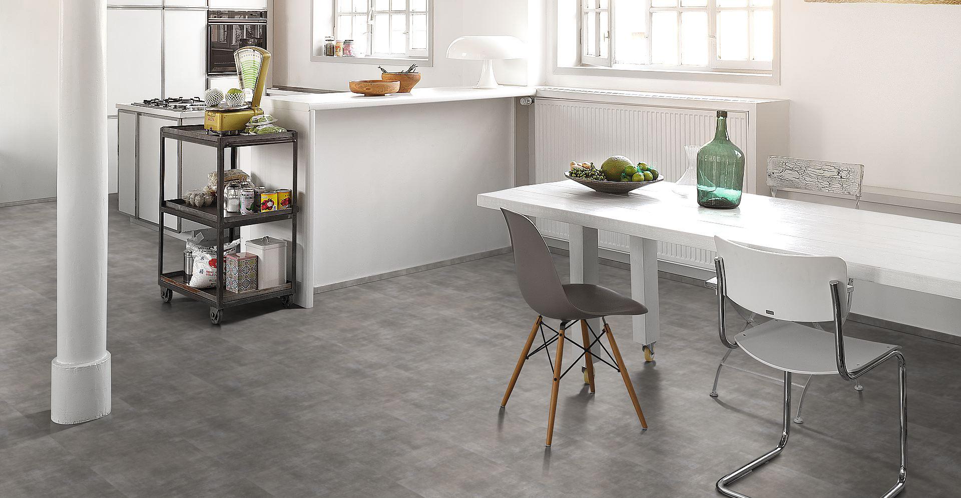 ak podlahu do kuchyne dla ba drevo lamin t i vinyl. Black Bedroom Furniture Sets. Home Design Ideas